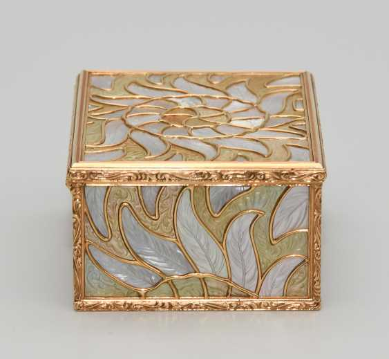 Gold box with mother-of-pearl - photo 6