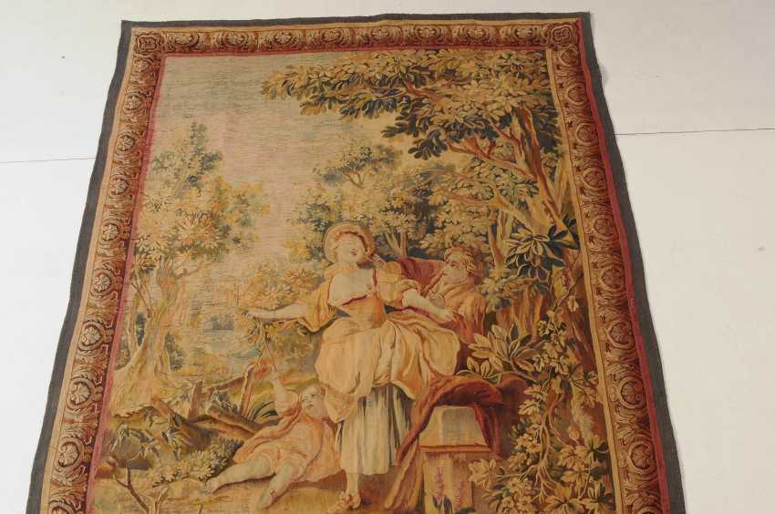 Tapestry - photo 6