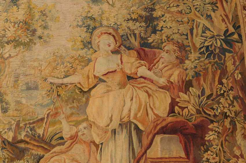 Tapestry - photo 7