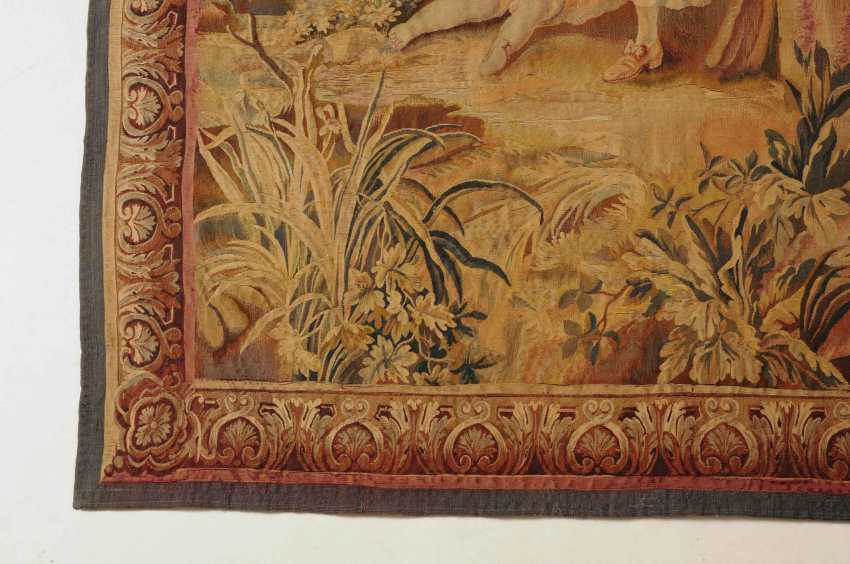 Tapestry - photo 10