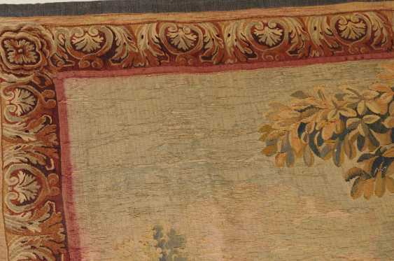 Tapestry - photo 13