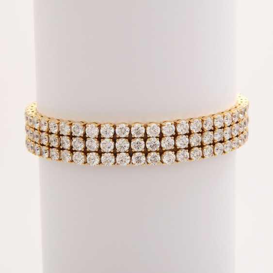 Bracelet bes. with 144 brilliant-cut diamonds; - photo 1