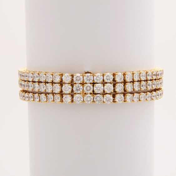 Bracelet bes. with 144 brilliant-cut diamonds; - photo 2