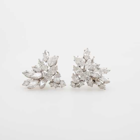 Exceptional Clip-On Earrings, Navette-Cut Diamonds, - photo 1