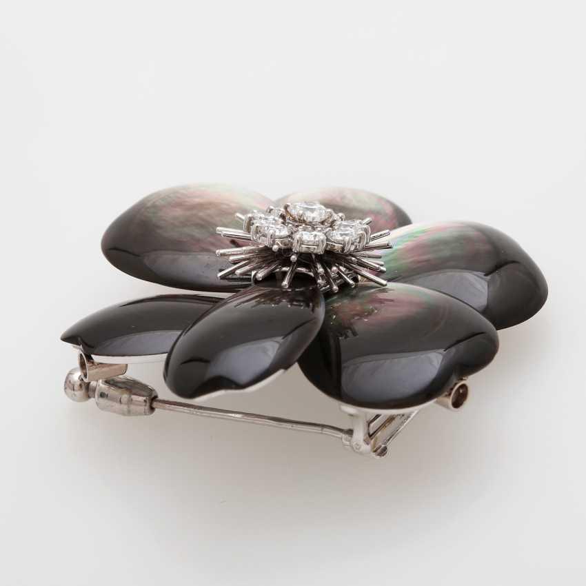 "VAN CLEEF & ARPELS brooch / removable buckle ""Rose de Noël"" - photo 2"