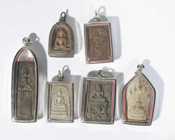 Six antique Buddhist amulet pendant - photo 1