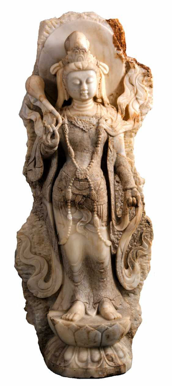 Monumental Chinese, standing Bodhisattva sculpture marble - photo 1