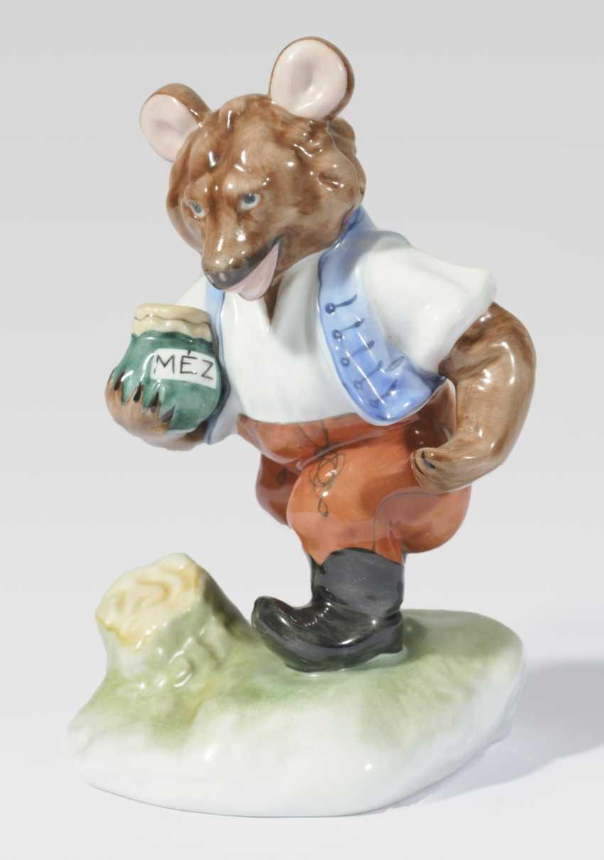 Bear with honey pot - photo 1