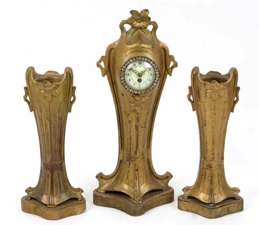 Art Nouveau clock with principal investigator to 1900 - photo 1