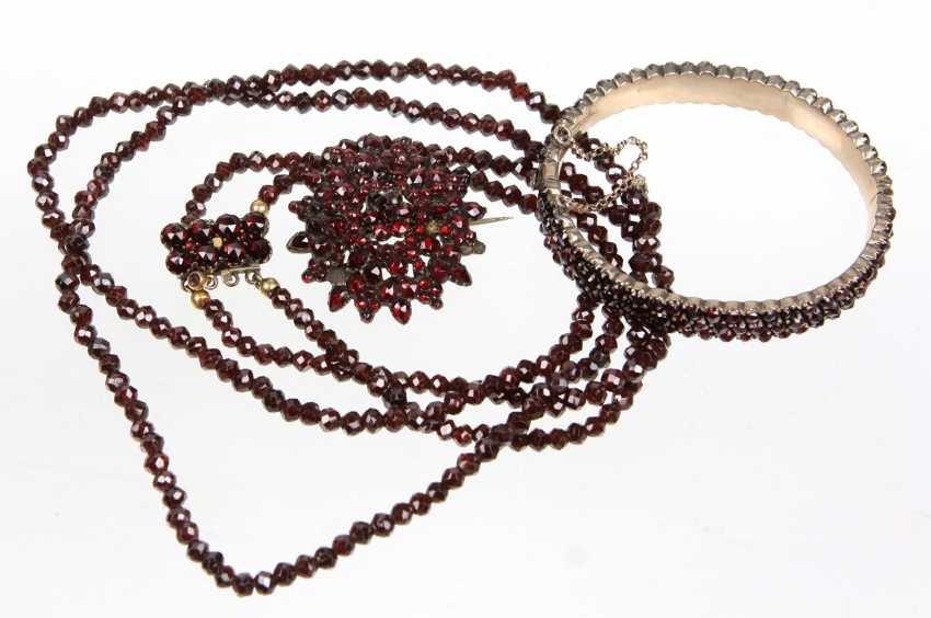 Garnet jewelry set, around 1890/1900 - photo 1