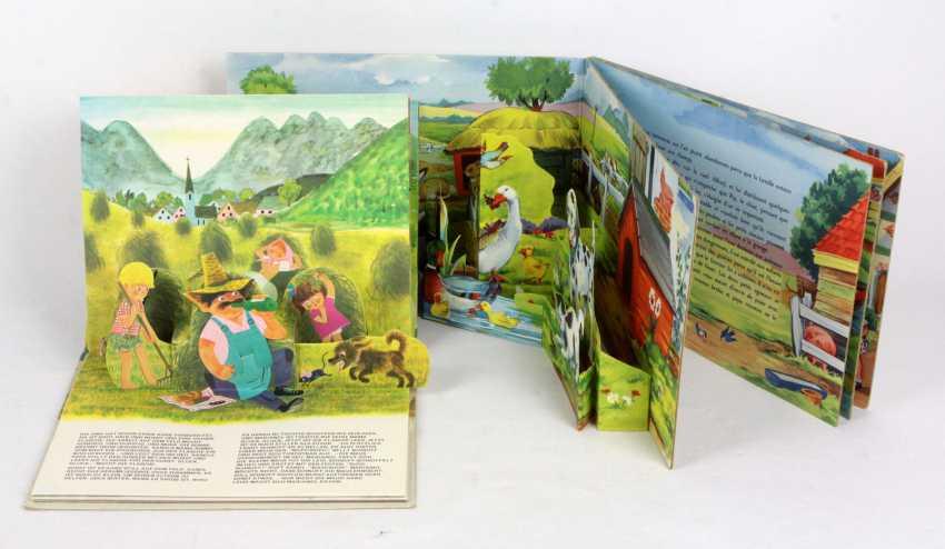 2-scenes books - photo 1