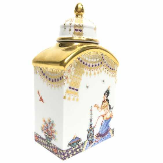 Boîte à thé / boîte à couvercle: Porcelaine de Meissen, 1001 nuits, plaqué or, ornements d'or, Professeur Heinz Werner, très bien. - photo 1