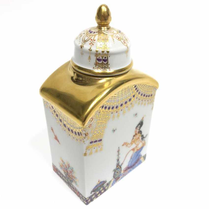 Boîte à thé / boîte à couvercle: Porcelaine de Meissen, 1001 nuits, plaqué or, ornements d'or, Professeur Heinz Werner, très bien. - photo 2