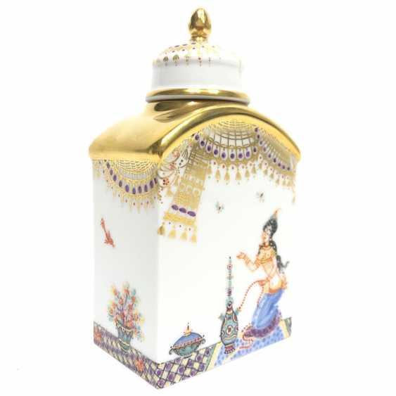 Boîte à thé / boîte à couvercle: Porcelaine de Meissen, 1001 nuits, plaqué or, ornements d'or, Professeur Heinz Werner, très bien. - photo 4