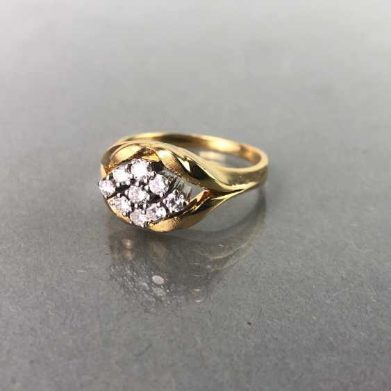 Ring / sterling silver ring brilliant with brilliant-cut diamonds of 0.7 carats. Yellow gold and white gold 750 / 18 K. - photo 2
