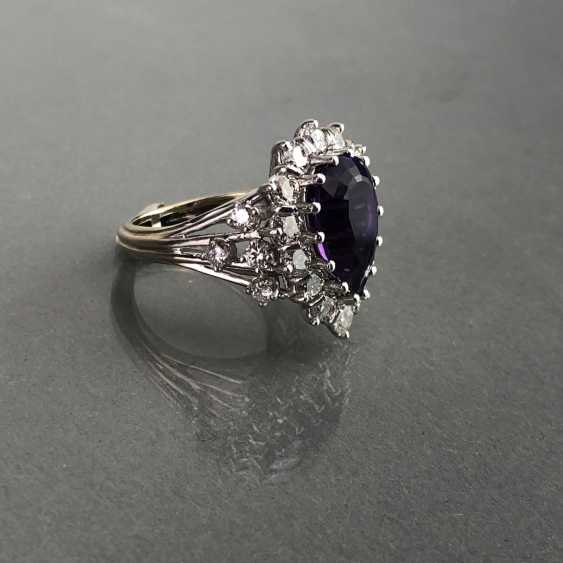 Fancy ladies ring with large Amethyst 6 carat and brilliant-cut diamonds of 2.5 carats. Gold 585 white. - photo 6
