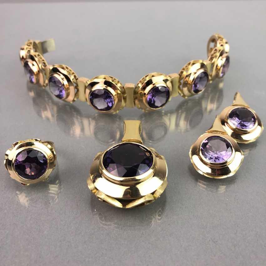 Außergewöhnliches Schmuckset: Armband, Anhänger, Ring und Ohrhänger. Gelbgold 585, Alexandrit. 150 Karat! - Foto 1