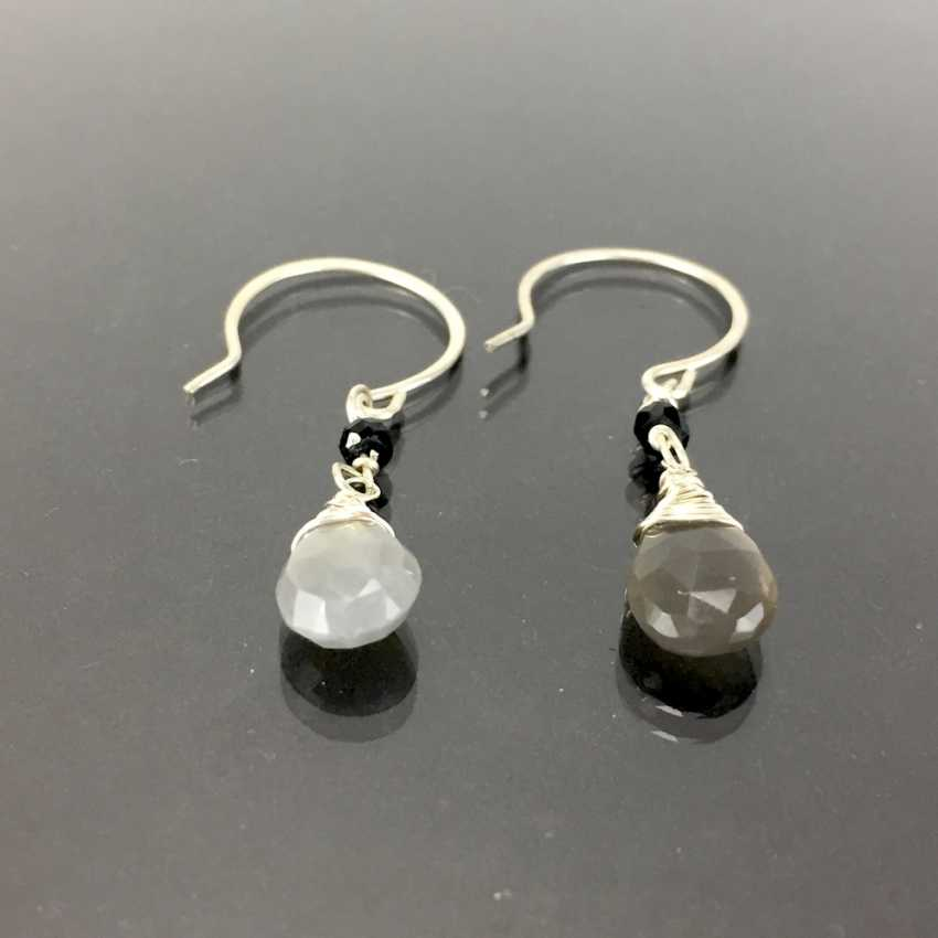 Elegant earrings: silver 925, rhodium plated with moon stone and garnet, very nice. - photo 1