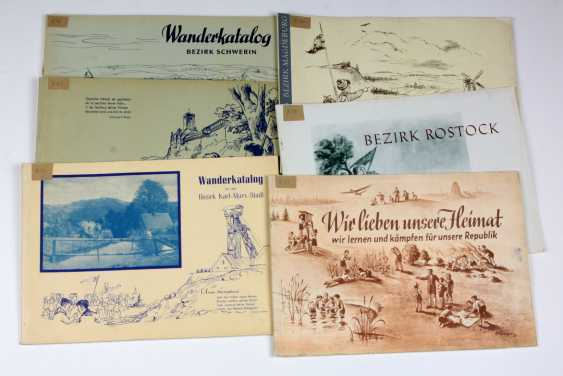 Vintage wall catalogs for pioneers - photo 1