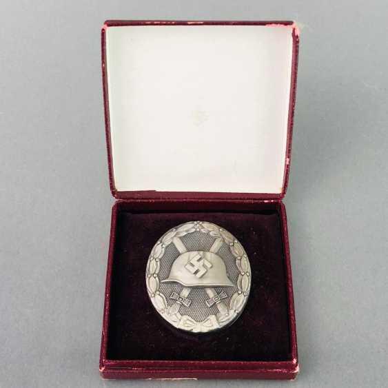 Deutsches Reich / Second world war badge Wounded, and in silver, in 1939, in a case. Klein & Quenzer, Idar Oberstein. - photo 1