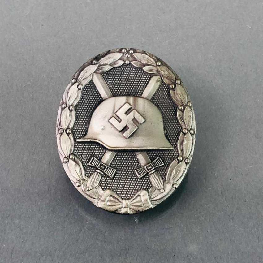 Deutsches Reich / Second world war badge Wounded, and in silver, in 1939, in a case. Klein & Quenzer, Idar Oberstein. - photo 3