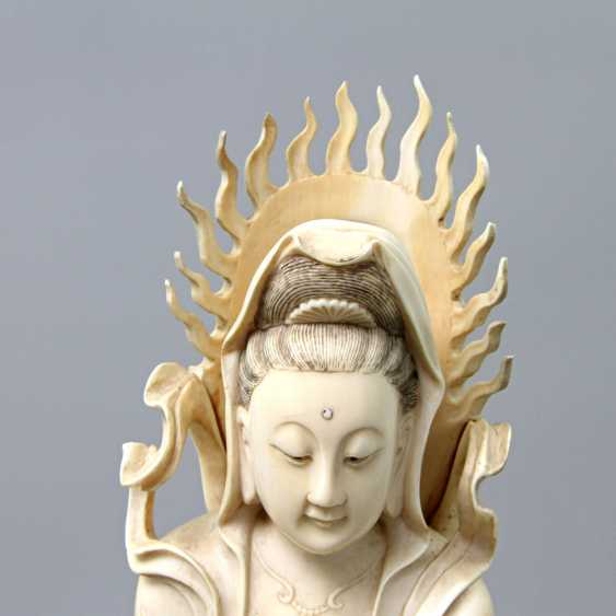 Guanyin made of ivory. CHINA, around 1900 - photo 5