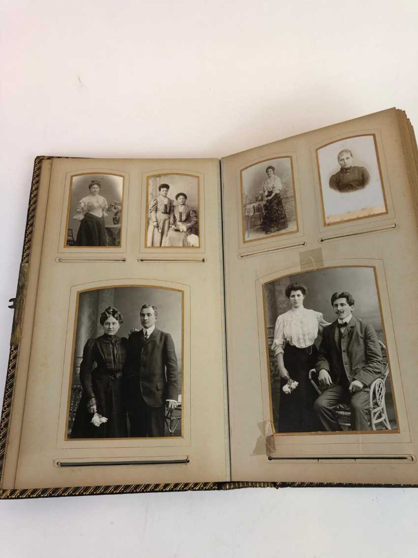 Photo album 1900's. Historical photos, military and family. Leather with gold cut. - photo 3