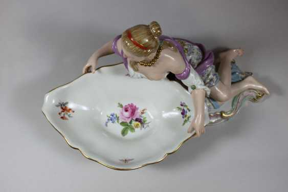 Pair of figurative Rococo porcelain dishes - photo 4