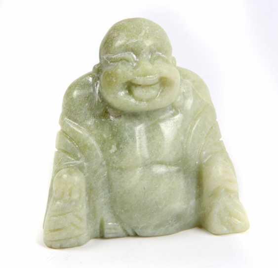 large Jade Buddha - photo 1