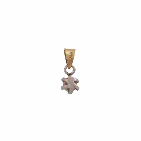 Solitaire pendant, set with diamonds approximately 0.3 ct, - photo 3