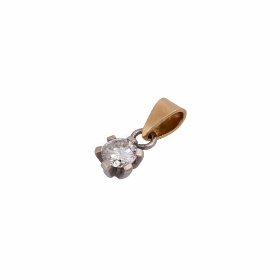 Solitaire pendant, set with diamonds approximately 0.3 ct, - photo 4
