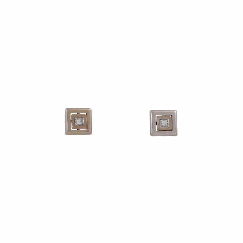 Stud earrings with 1 diamond in Princess-cut, - photo 1