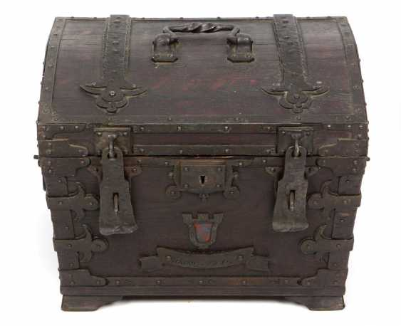 small wooden chest - photo 1
