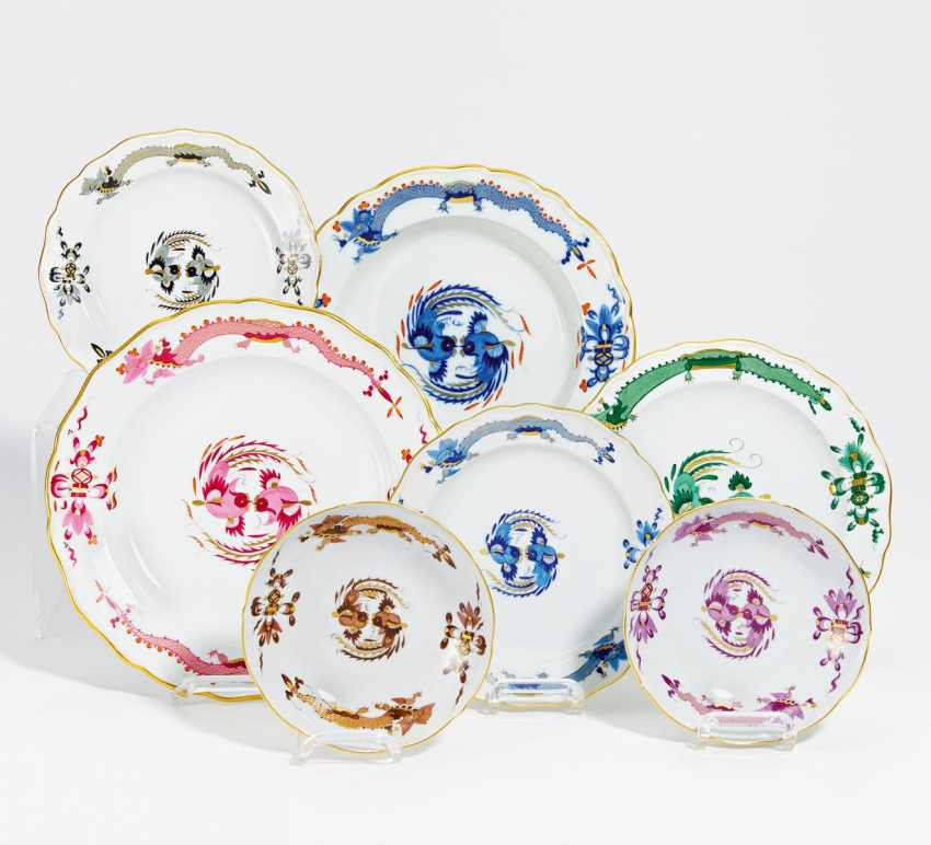 """7 pieces of crockery with different designs """"dragon"""" - photo 1"""