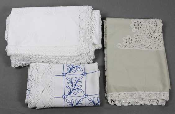 Table linen with bobbin lace, etc - photo 1