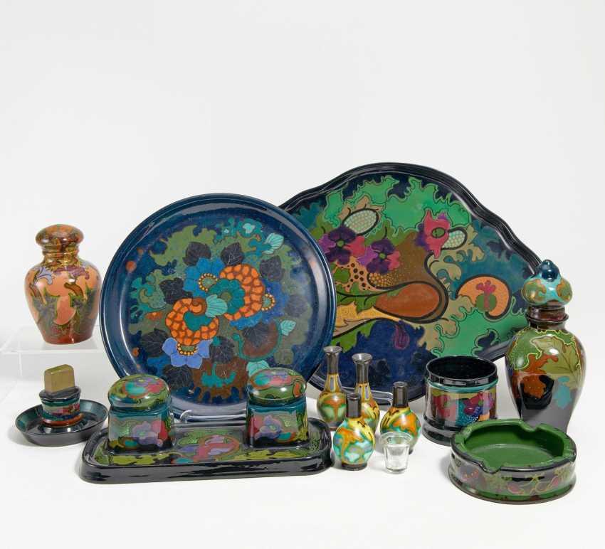 Konvolut von 15 Keramikobjekten - Foto 1