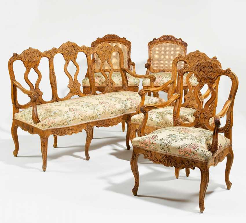 Bench seat and four arm chairs will be the style of Rococo - photo 1