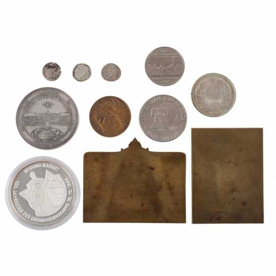 Medals, plaques and coins - mixed lot, among other things, - photo 2