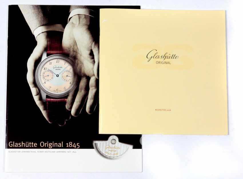 2 Commercial Catalogs 1996/2006 Glashütte - photo 1
