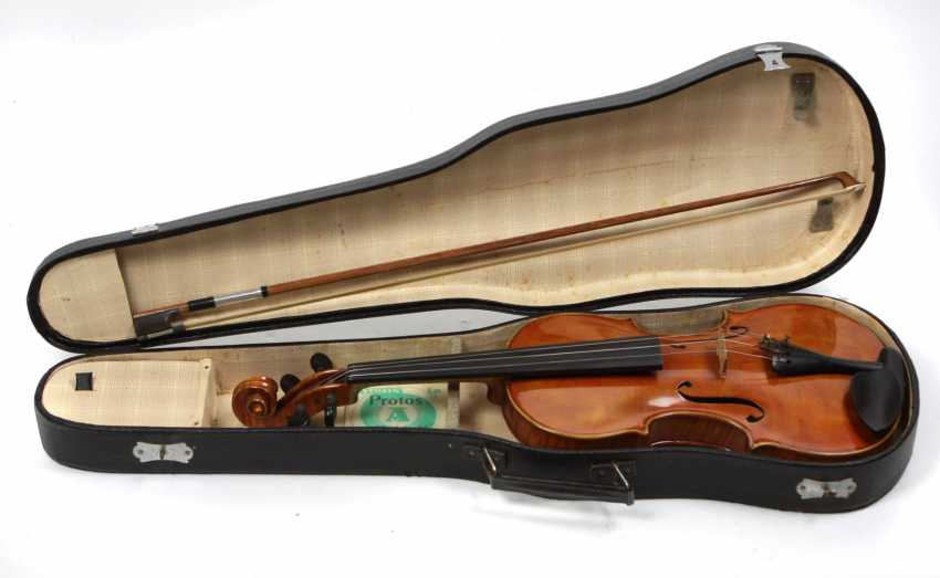 Violin with bow & case - photo 1