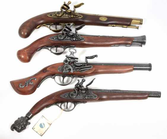 4 Deko Pistolen - photo 1