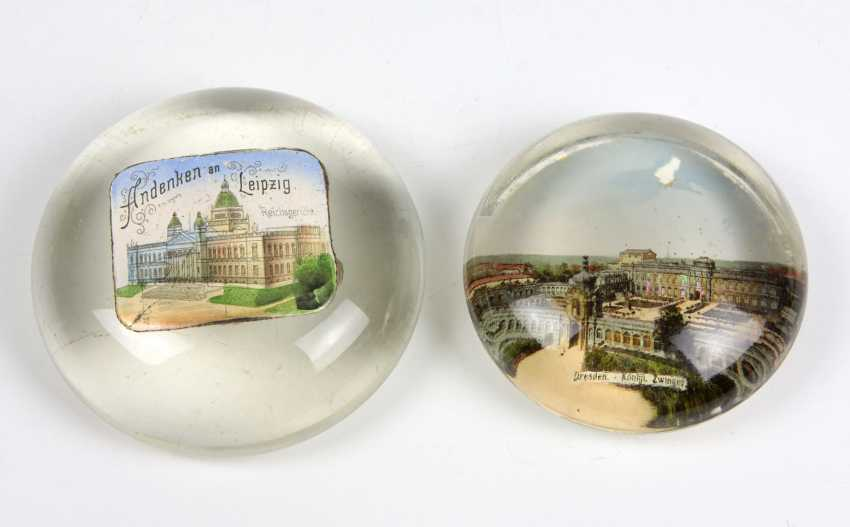 2 Souvenir Paperweights - photo 1