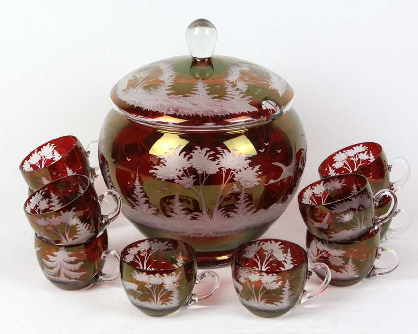 Ruby glass punch bowl hunt motif with 10 glasses - photo 1