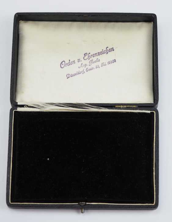 Prussia: Order Of Buckles Case. - photo 1