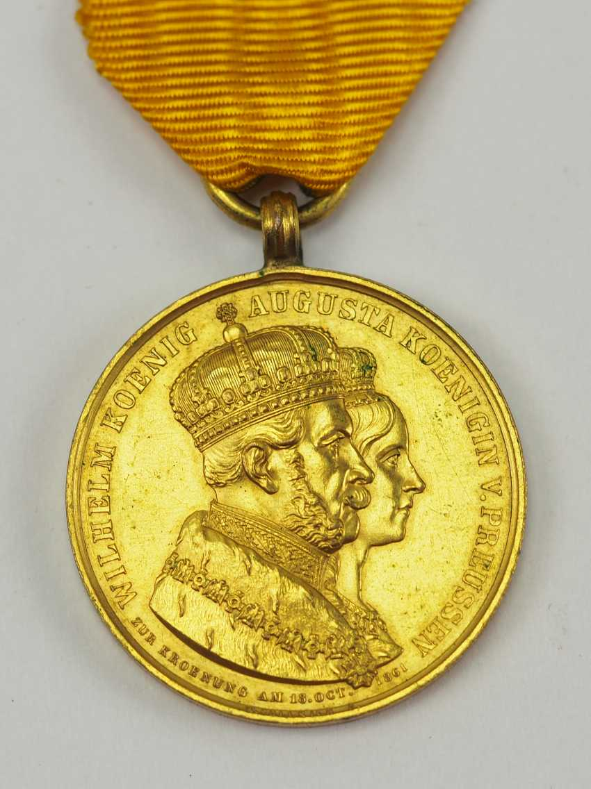Prussia: Crowning-Medal 1861. - photo 1