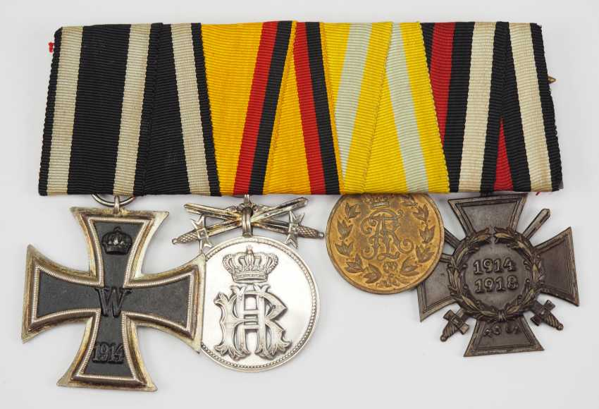 Reuss: Medalbar with 4 decorations. - photo 1