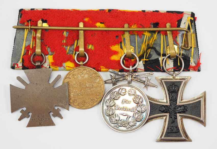 Reuss: Medalbar with 4 decorations. - photo 2
