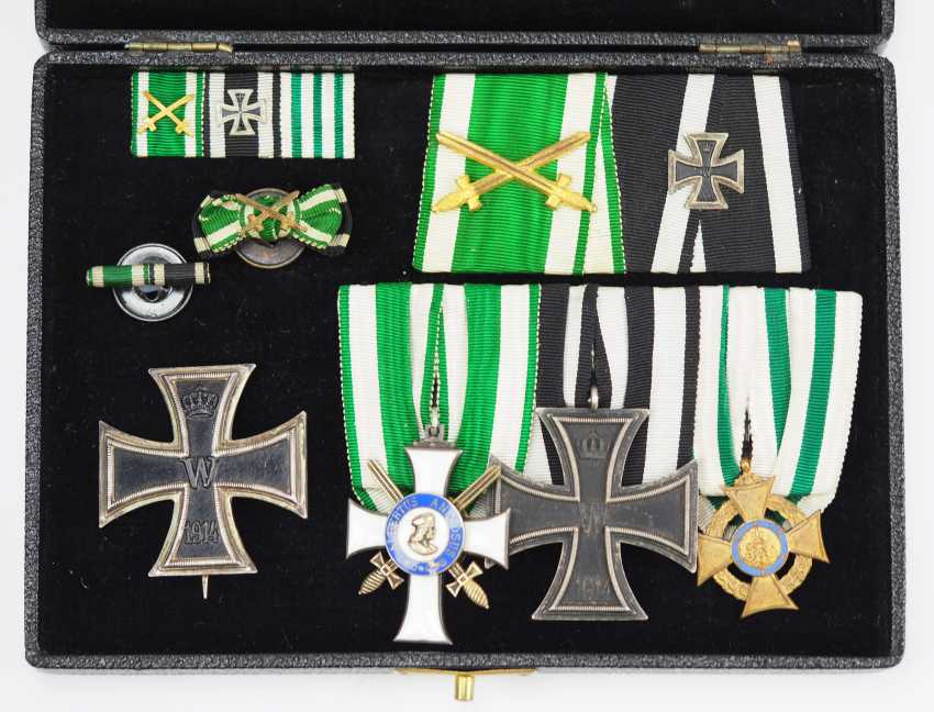 Saxony: estate of a front officer in a case. - photo 1
