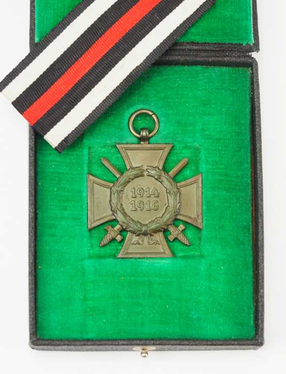 German Empire: honour cross for front fighters, in a case. - photo 1