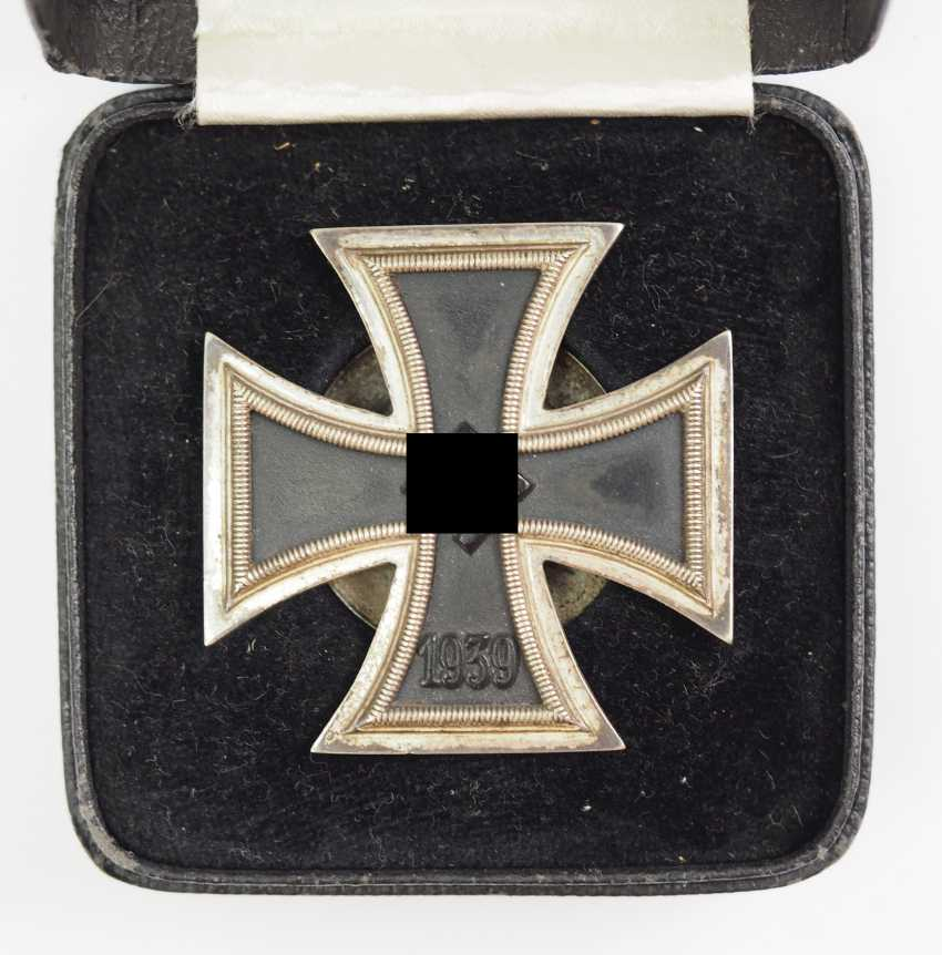 Iron Cross, 1939, 1. Class, on Screw plate, in a case - L/18. - photo 2